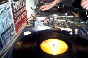 Mixtape Commercial Store VOL II (Intro)