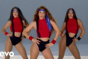 Girl like me (Feat. Shakira)