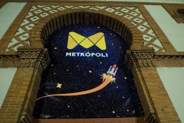 Metrópoli by Tesla